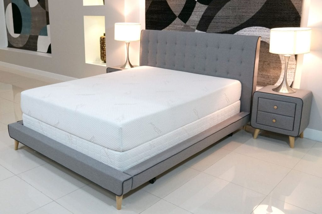 Selectabed Latex Mattress, quarter view