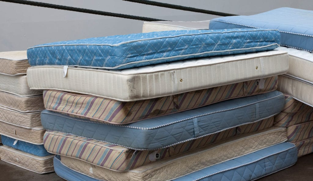 Best way to dispose your mattress - Mattress dumping